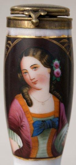 Mädchen mit blauer Schleife, Porzellanmalerei, Pfeifenkopf, D0940