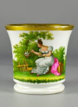 Kükenfütterung im Vogelnest, Porzellanmalerei, Tasse, D2279