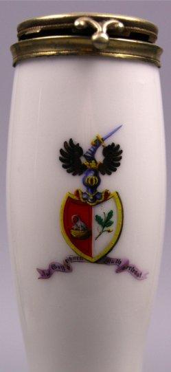 Wappen derer von Becker, Porzellanmalerei, Pfeifenkopf, D1094