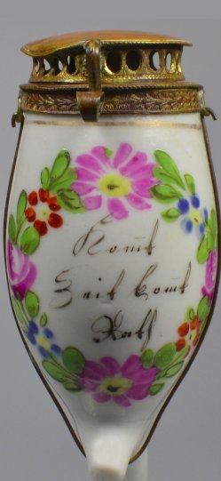 Pfeifenkopf aus Porzellan mit geflügelten Worten und Mundstück, Biedermeier, D1576